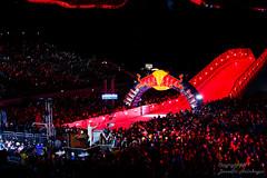 Red Bull Crashed Ice Challenge (HelBen85) Tags: travel light red rot ice night canon munich mnchen kurt crashed stadium mambo sigma bull cameron olympia 5d tele myriam challenge 70300 2016 markiii trepanier naasz