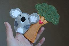 Valentine (ok-blagova) Tags: tree puppet handmade valentine koala fingerpuppets woolfelt