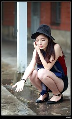 nEO_IMG_DP1U5582 (c0466art) Tags: light portrait white cold face rain female canon nose high nice eyes asia university pretty skin outdoor taiwan showgirl figure 1dx c0466art