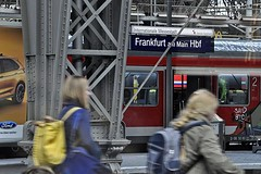 Frankfurt am Main (1) (AntyDiluvian) Tags: trip railroad berlin ice station train germany deutschland frankfurt platform hauptbahnhof hbf mannheim frankfurtammain intercityexpress 2015 ice597