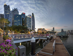Fullerton at Clifford Pier, Singapore (gintks) Tags: landscapes singapore cityscapes bluehour fullerton singapur centralbusinessdistrict marinabay onefullerton exploresingapore fullertonroad singaporetourismboard marinabaysingapore cliffordsquare yoursingapore gintaygintks
