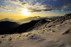 @_hehuanshan _Taiwan (monbydick) Tags: park sky snow landscape nikon scenery exposure taiwan explore  national dslr   tamron taroko    f28        d600  hehuanshan 1530mm          monbydick