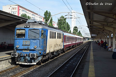 CFR 30-0733 (stefanrene1996) Tags: railroad station train romania locomotive nord cfr gara boekarest roemeni bucureti