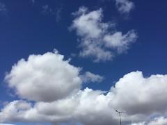 Cielo de Puertollano (doloreslopez2) Tags: blanco azul cielo nube