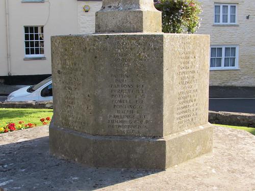 Calne: War Memorial (Wiltshire)