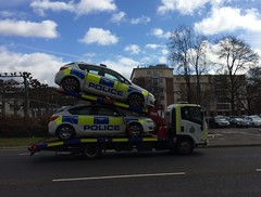 Herts Police tow Truck & Cars (slinkierbus268) Tags: truck police hempstead tow hertfordshire hemel vauxhall corsa policedogs hertfordshireconstabulary hertfordshirepolice