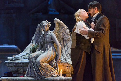Donizetti's <em>Lucia di Lammermoor</em> relayed live to cinemas on 25 April 2016