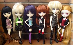 Ghostly people - adults only XD (Lunalila1) Tags: white modern wanda outfit doll nirvana handmade nosferatu group version velvet pale liam aurora midnight groove pullip elisabeth mir wilhelmina malizia morgana enok taeyang junplaning katniss