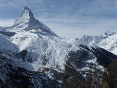the long skirts of the matterhorn (mailatmatt) Tags: alps alpes schweiz switzerland suisse suiza alpine zermatt matterhorn alpen svizzera cervin suissa montecervino kantonwallis cantonduvalais ystar p1150665