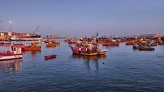 Puerto de Arica (Luna y Valencia) Tags: peru porto cile arica sudamerica parinacota