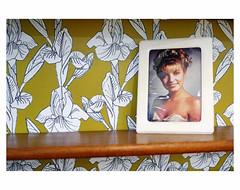 Sunday Portrait (bruXella & bruXellius) Tags: brussels portrait belgium belgique belgi bruxelles brussel belgien sundayportrait sundaysmile leicax1 foundframed