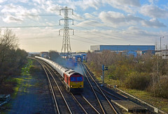 60024 at Barton North Junction (robmcrorie) Tags: train north under rail junction british barton railways railfan freight kingsbury humber needwood 60024 6e54