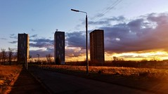 Winter Sunset (Michelle O'Connell Photography) Tags: sunset scotland glasgow drumchapel linkwoodcrescent linkwoodflats drumchapelflats bayfieldavenue drumchapellifesofar michelleoconnellphotography