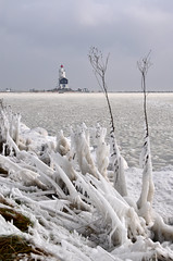 winter memory.. (leuntje) Tags: winter lighthouse snow holland ice netherlands frozen frost vuurtoren marken icesculptures ijsselmeer frozenlake markermeer hetpaard