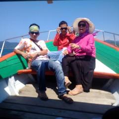 12606868_666706313432823_561353543_n (Straw Hat Pirates) Tags: bali beach indonesia laut pulau pantai berlibur kapal minang sumaterabarat mandeh tarusan painan