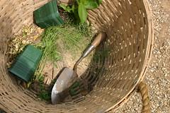 2005 05 19 Mount Vernon VA 064 - - (BlackShoe1) Tags: virginia basket pots va mountvernon trowel