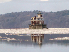 Lighthouse (milfodd) Tags: lighthouse reflection january athens explore hudsonriver 2016