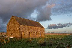Barn In The Peaks.... (Geraldine Curtis) Tags: road roof sunset clouds barn staffordshire goldenlight waterhouses