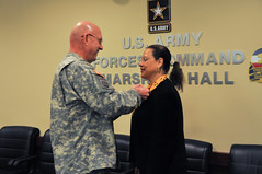 Deputy Chief of Protocol Award Ceremony (US Army Forces Command (FORSCOM)) Tags: awardceremony protocol chiefofstaff marshallhall fortbraggnc forscom usarmyforcescommand achievementmedalforcivilianservice majgenjimmiejayewells andreaewileybigelow