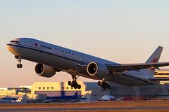 Air China-B777(B-2045) (Switzer Fotografie) Tags: montreal transportation boeing departure settingsun airchina pierreelliottrudeauairport