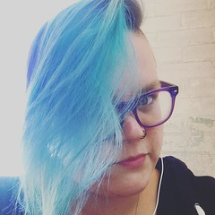 #mermaid hair on point today. Gotta love when your dye fades so perfectly. #hairdye #colorful #austin (ClevrCat) Tags: love hairdye austin hair point colorful your when mermaid dye today gotta fades perfectly instagram ifttt