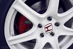 Honda NSX (ericvilendrerphoto) Tags: white classic wheel honda sony brakes acura nsx sportscar caliper a7ii sonyzeiss35mm14za
