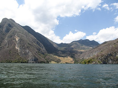 """Cañon del Sumidero <a style=""""margin-left:10px; font-size:0.8em;"""" href=""""http://www.flickr.com/photos/127723101@N04/25618292791/"""" target=""""_blank"""">@flickr</a>"""