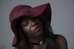 (Sento MM) Tags: chica retrato flash negra desnudo flashes estudiodefotografía ciclorama