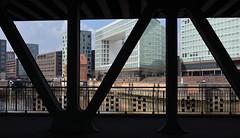 Oberhafenbrücke (Andreas Meese) Tags: bridge sun architecture skyscraper nikon spiegel tag hamburg sunny architektur hafen brücke sonnig sonne gebäude hafencity hochhäuser oberhafen oberhafenbrücke d5100