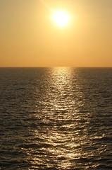 O sole mio (Pedro Pablo Orozco) Tags: sol atardecer mar colombia cielo sole litoral ocaso pacfico poniente horizonte ocano ocanopacfico