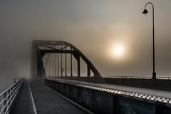 Wilhelminabrug, Deventer (Stijn1980) Tags: bridge sunset mist fog brug deventer zonsopkomst