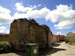 Tmara de Campos (santiagolopezpastor) Tags: espaa wall spain walls espagne muralla castilla palencia castillaylen murallas provinciadepalencia