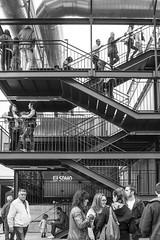 (Vctor Mndez (VM FotoVisual)) Tags: street people blackandwhite blancoynegro lines stairs calle gente streetphotography escaleras lneas canon600d vmfotovisualstreet