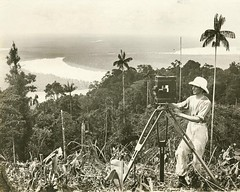Frank Hurley making a film on location in Papua New Guinea ca. 1923 (State Library of Queensland, Australia) Tags: camera cinema movie photography photographer queensland papuanewguinea statelibraryofqueensland slq frankhurley kikoririver happybirthdayflickrcommons mountaird pearlsandsavages