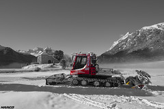 Little Bully (Iceman_Mark) Tags: winter lake alps castle switzerland see january schloss engadin silvaplana piz snowcat graubünden pistenbully snowgroomer surlej kässbohrer silvaplanersee margna crapdasass