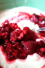 Couscous-Dessert mit Himbeere & Joghurt