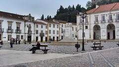 Tomar - Praca da Republica (trovado73) Tags: people castle square monumento monastery santarm fortress architettura tomar portogallo
