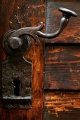 (Viktria Czere) Tags: wood trip wooden doorhandle latch