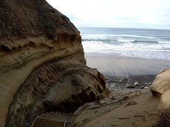 stairs to beach (h willome) Tags: ocean california torreypines sandiego erosion seacliffs torreypinesstatereserve 2016