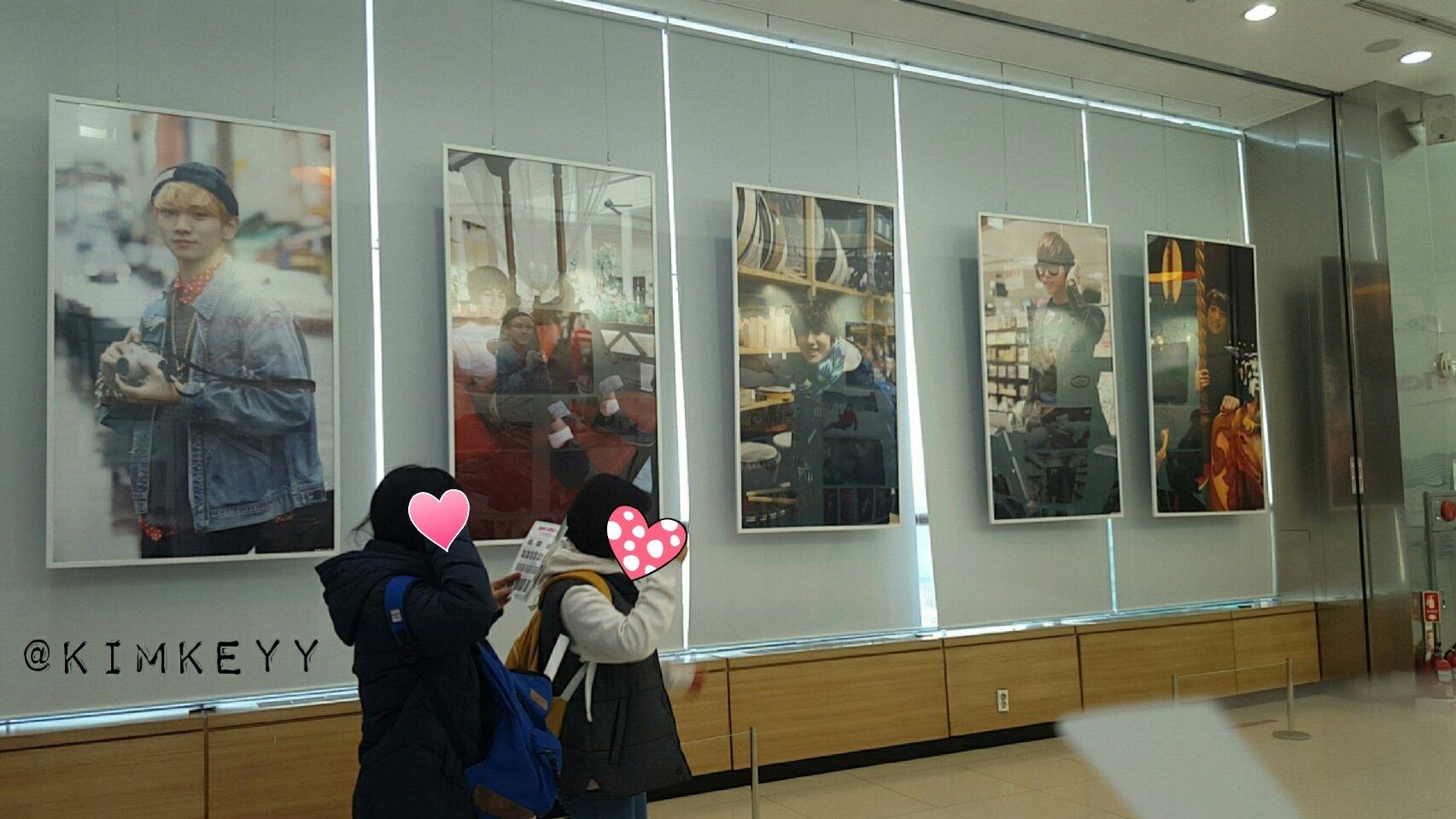 SHINee @ SHINee Surprise Vacation Exhibition 24943219079_baa7c0c58e_o