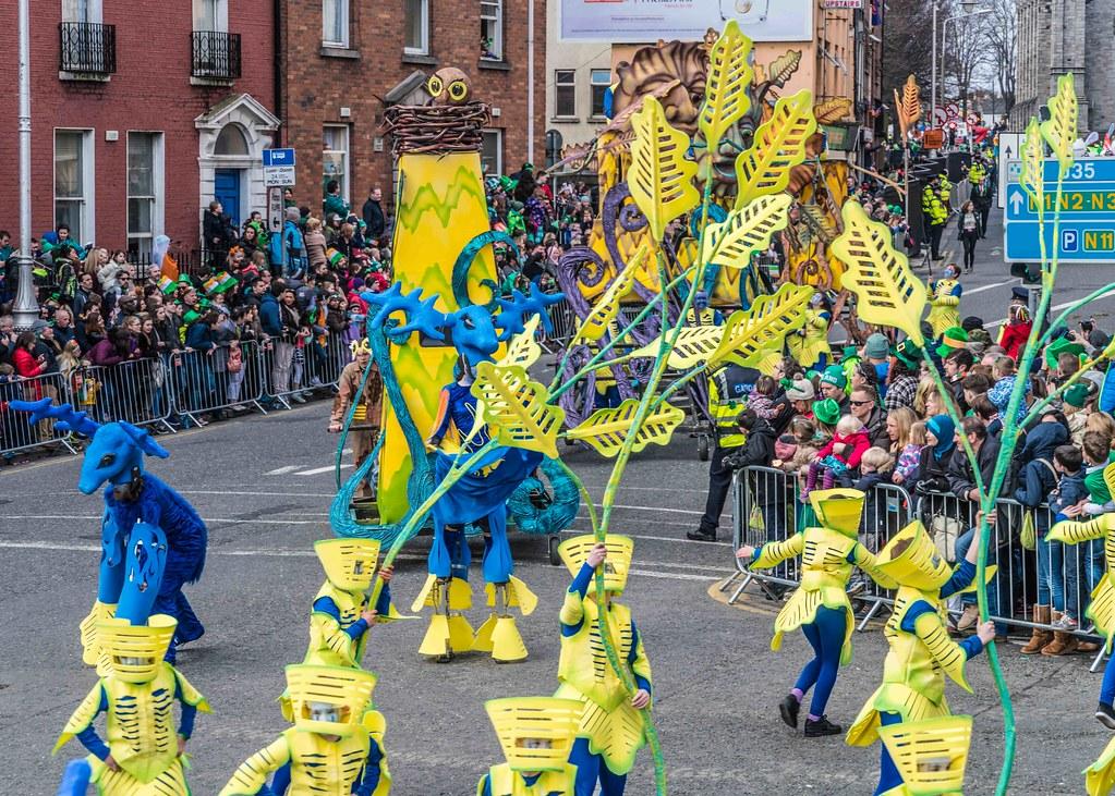 Dowtcha Puppet's At The St.Patrick's Parade [Dublin 2016]-112498