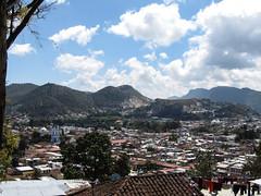 """San Cristóbal de las Casas: vue depuis la Colline San Cristóbal <a style=""""margin-left:10px; font-size:0.8em;"""" href=""""http://www.flickr.com/photos/127723101@N04/25287126729/"""" target=""""_blank"""">@flickr</a>"""