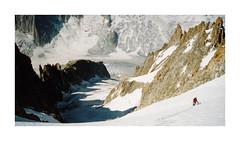 Souvenir... (Yvan LEMEUR) Tags: alpes glacier neige chamonix extrieur crevasse montblanc rochers roches glace alpinisme hautesavoie argentire glacierdargentire massifdumontblanc hautemontagne aiguilledargentire glacierdumilieu
