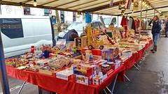 Paris Avril 2016 - 15 le marché de l'Avenue du Président Wilson, des jouets en bois (paspog) Tags: paris france market april markt avril marché 2016 avenueduprésidentwilson