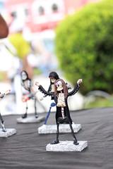 feira_largo-42 (Ismael Alencar) Tags: street urban monochrome photography miniature artesanato pb feira curitiba artistas rua miniatura musicos zumbi bonecos