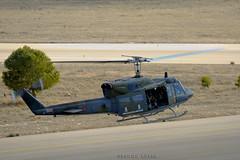 HELICOPTERO (Nacho Alexeric) Tags: canon bell sigma huey 50500 base curso helicoptero tlp aerea despegando uh1 eos7d