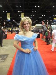 Elsa cosplayer (Strannik45) Tags: chicago comics frozen cosplay disney convention comicconvention mccormickplace letitgo c2e2 chicagocomicsandentertainmentexpo chicagonearsouthside
