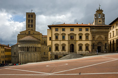 Arezzo (since 1960) Tags: city italien sky italy house church monument clouds nikon memorial europa europe dorf village kirche himmel wolken haus tuscany stadt gebude toskana d7000