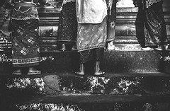 "diantara ""batis"" (HZimage) Tags: bw bali fuji ceremony culture fujifilm bnw baliculture balimonochrome baliblackandwhite fujixseries fujix70"