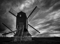 Stevington Windmill mono (Stuart Feurtado) Tags: blackandwhite cloud storm monochrome nikon moody beds bedfordshire stevington steventonwindmill